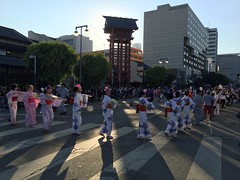 2016 Nisei Week Ondo (rikiomgawa) Tags: niseiweek ondo yukata street losangeles littletokyo twilight 2016niseiweek people