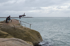 Back Flip - DSC_0236 (John Hickey - fotosbyjohnh) Tags: 2016 august2016 fortyfoot diving people person rocks coast seaside irishsea ireland dublin sandycove seascape