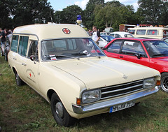 Rekord Ambulance (Schwanzus_Longus) Tags: tostedt german germany old classic vintage car vehicle station wagon estate break combi kombi opel rekord caravan miesen ambulance krankenwagen gm general motors vauxhall chevrolet holden