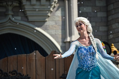 DSC_0298 (photosbyjenna) Tags: disney disneyworld world wdw waltdisneyworld magic kingdom magickingdom tangled frozen anna elsa mickey mickeymouse minnie donald goofy rapunzel flynn