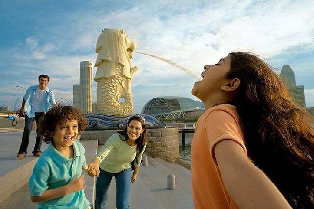 マーライオン(シンガポール人気観光地)