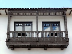Balcn 4, Cusco. (German Galvez) Tags: door window latinamerica southamerica cuzco ventana puerta cusco per finestra porta balconies balcones qosqo dwwg