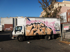 Jade (carnagenyc) Tags: nyc newyork truck graffiti jade che ja inkhead btm soir2