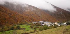 Monasterio de Hermo (elosoenpersona) Tags: autumn mountains del forest de town pueblo asturias otoo hermo fuentes monasterio montaas reserva cangas narcea hayedo elosoenpersona