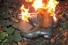 IMG_9952 (sim_hom) Tags: burning wellies
