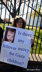 (BillyClub) Tags: israel palestine whitehouse protest genevaconvention bibi bombs hillaryclinton gazastrip gaza seige demontration collectivepunishment billhughes presidentbarackobama childrenofgaza