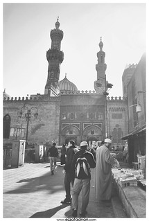 From http://www.flickr.com/photos/32795878@N08/8209401521/: Outside Al-Azhar