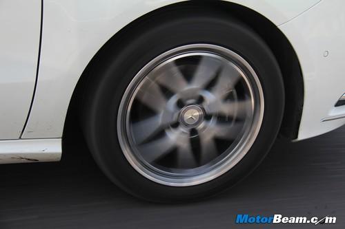 2012-Mercedes-B-Class-41