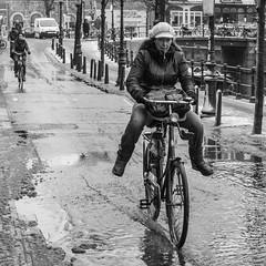 Amsterdam, Spiegelgracht (Bart van Dijk (...)) Tags: city winter urban bw woman snow water netherlands monochro
