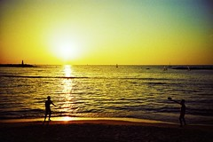 Tel Aviv (cranjam) Tags: sunset sea sun reflection film beach israel telaviv lomo lca xpro lomography mare kodak middleeast tram slide sole spiaggia mediterraneansea riflesso onto israele elitechrome100 mediooriente hiltonbeach maremediterraneo תֵּל־אָבִיב