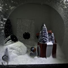 Festive NY Baccarat-7535 (Singing With Light) Tags: city nyc ny festive photography december pentax manhattan 2012 k5 jjp singingwithlight