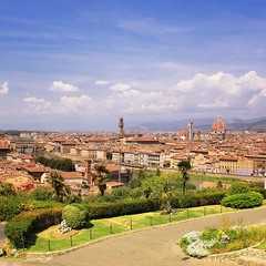 My postcard of Florence (Bn) Tags: santa city summer vacation italy panorama holiday money hot streets tower art history weather museum del river gold florence italian topf50 europe italia gallery view bell maria churches tourist panoramic ponte campanile explore tuscany da vista firenze fl leonardo uffizi arno michelangelo viewpoint fiore toscane vinci topf100 piazzale renaissance oldest cultural brunelleschi vecchio florentine cathdral florijn bankers uffizimuseum giottos florin 100faves 50faves panview binoculaur