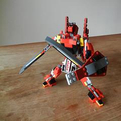 DSCN6899 (alfa145q_lego) Tags: lego legocreator redcreatures 31032 mecha vehicletransporter 31033 rebuild alternate