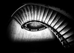 (Eye Of Anubis) Somerset House - The Nelson Staircase by Simon & His Camera (Simon & His Camera) Tags: somersethouse eyes bw blackandwhite stairs architecture monochrome london indoor contrast composition abstract black white iconic light lines curve pattern simonandhiscamera vignette geometric surreal