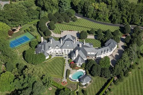 Ladue Estate