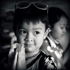 * (*Kicki*) Tags: bokeh child kid inle inlelake myanmar burma facesofmyanmar face portrait people person children kids 50mm inndein shanstate tunhlaing drtunhlaing