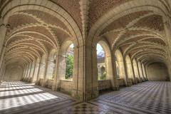 Cloister [FR] (ta92310) Tags: hdr picardie picardy 02 aisne laon cloister cloitre canon 6d library bibliotheque abbatial saintmartin travel