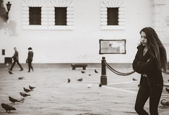 Charo (Art DiNo) Tags: lima perú mujer teen angulonormal sonysal50f14 sonyslta58 sony fotodeautor fotosdeautor fotografíadeautor authorsphotograph artdino dinobokeh srgb planogeneral charo chocolateshadows basílicayconventodesanfranciscodelima iglesiadesanfrancisco blackandwhite blancoynegro urban urbano documental documentalismosocial documento documentos dossier fotografíaartística fotografíaartísticacontemporánea fotografíadocumental sigloxx sigloxxi sociología antropología patrimoniodelahumanidad centrohistóricodelima uneso damerodepizarro limacuadrada monocromático ruido noise ƒ28 ボケ ぼけ 散景 bokeh desenfoque boke planoamericano grano soledad limeanbeauty limean beauty