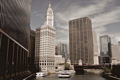 East (ancientlives) Tags: chicago chicagoriver illinois usa travel august 2016 summer fuji fujix100s fuji23mm 23mm wednesday streetphotography boats architecture wrigleybuilding skyline building skyscraper city cityscape