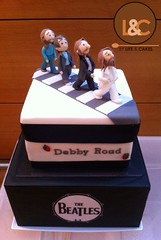 The Beatles cake (Life & Cakes) Tags: road red party fab london 1969 abbey cake fruit cheese john dark logo paul george strawberry harrison drum chocolate ganache 4 cream velvet beatles mudcake studios lennon festa compleanno fab4 birtday ringo mccartney torta starr mascarpone sugarart sugarpaste
