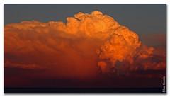 Nube roja (Elas Gomis) Tags: red sea cloud storm atardecer mar rojo alicante tormenta nube tiempo meteorologia wetaher eliasgomis