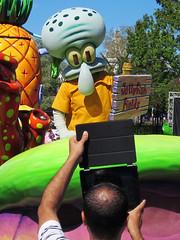 Squidward (meeko_) Tags: squidward octopus spongebobsquarepants nickelodeon characters universalorlandocharacters nickelodeoncharacters party zone characterpartyzone entertainment tablet hollywood universal studios florida universalstudios universalstudiosflorida themepark orlando universalorlando