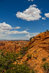 Looking Over Canyonland (begineerphotos) Tags: cloud clouds canon nationalpark canyon redrock canyonland canyonlandnationalpark