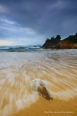 The Flow (Ch'ng kaishen) Tags: nikon malaysia pantai kemasik terengganu kemaman flickraward