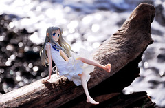 Light (Umeiwa) Tags: figure alter menma anohana