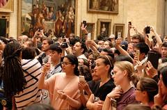 PARIS - SHOOTING MONA LISA (Punxsutawneyphil) Tags: europa europe frankreich france francia capital hauptstadt paris iledefrance museum louvre monalisa leonardodavinci gemlde painting crowd menge fans tourists tourism tourismus handy cellphones mobilephones selfie selfies lagioconda