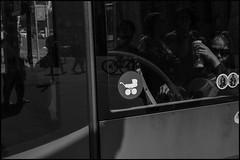 (artigiano) Tags: wien vienna street people tram schwarzweiss blackwhite fujixpro2 vsco fujinonxf35mmf14r