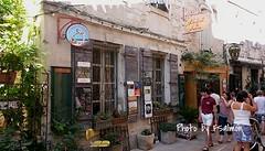 Dans les ruelles de Saint-Rmy de Provence (johnslides//199) Tags: caf restaurant ruelles saintrmydeprovence provence southoffrance tourism vacances frankreich urlaud provenal street pavement pavs bistrot bistrotdemarie
