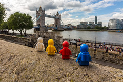 Exploration (#27) - Tower Bridge (Ballou34) Tags: 2016 650d afol ballou34 canon eos eos650d flickr lego legographer legography minifigures photography rebelt4i stuckinplastic t4i toy toyphotography toys rebel stuck plastic in space exploration red blue yellow white london londres tower bridge