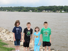 The Mississippi River Gang (JJP in CRW) Tags: iowa leclaire mississippiriver geibfest