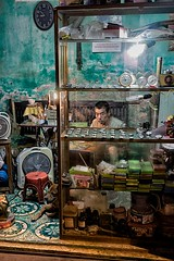watchmaker in Hani (rollingpeople) Tags: hani vietnam watchmaker travel a7 sony sonya7 ilce7 zeiss zeissfe35mmf28za 35mm streetphotography