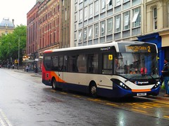 Stagecoach in Chester 37440 - SN16 ORX (North West Transport Photos) Tags: stagecoach stagecoachmerseysideandsouthlancashire stagecoachmerseyside stagecoachchester adl alexanderdennis enviro enviro200 e200 e20d mmc e200mmc enviro200mmc sn16orx 37440 sirthomasstreet liverpool 2 chester bus