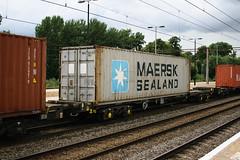 93401 Northampton 040816 (Dan86401) Tags: 93401 tiph93401 93 kfa freightliner fl intermodal modal container flat wagon freight tiph touax rautaruuki northampton wcml 4m93 maersksealand