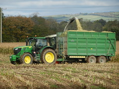 John Deere 6170R Tractor with Broughan Trailer (Shane Casey CK25) Tags: ireland irish tractor green john hp with farm farming working harvest machinery land farmer trailer agriculture pulling maize deere collecting harvesting broughan 6170r