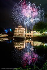 Riverboat Wishes (Todd Hurley (Todd_H)) Tags: longexposure reflection mirror orlando florida fireworks explosion wishes riverboat wdw themepark magickingdom hauntedmansion ndfilter libertybelle riversofamerica