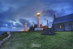 Finistre - La pointe Saint Mathieu (philippe MANGUIN photographies) Tags: ocean sea sky mer lighthouse clouds bretagne ciel phare semaphore abbaye finistere plougonvelin pointesaintmathieu philippemanguin wwwphotosdebretagnecom