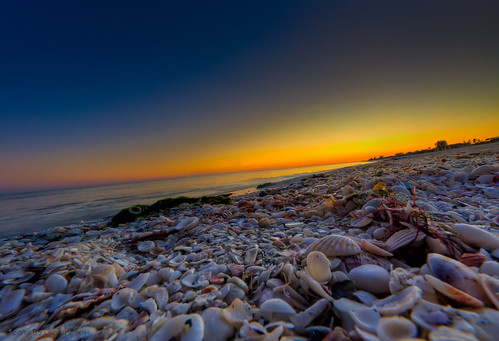 "A Sanibel Sunset • <a style=""font-size:0.8em;"" href=""http://www.flickr.com/photos/8980678@N03/8202207416/"" target=""_blank"">View on Flickr</a>"