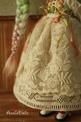 just want to show her beautiful dress detail.