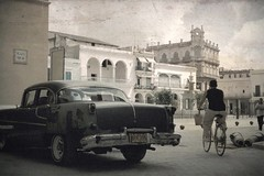 plaza vieja (Mr.  Mark) Tags: plaza old man classic texture car bicycle architecture photo stock havana cuba vieja cannon desat markboucher