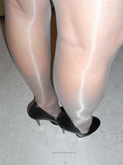 R0010626 (nylongrrl) Tags: 6 black stockings toes highheels arch shine legs tights glossy heels gloss heel satin stiletto ph ankle pantyhose nylon anklet nylons collant 6inch archsatin
