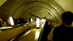 - Dinamo - Escalera al centro de la tierra (Miradortigre) Tags: metro russia moscow bahnhof russian stazione federation rusia moscu     mockba