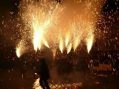 Fireworks , Diables (36) (calafellvalo) Tags: noche fireworks calafell fuegosartificiales nit plvora traca diables masclet calafellvalo castelldefoc diablesdecalafell guaitels festamajordecalafell diablesfireworksfuegosartificialescalafellcalafellvalo