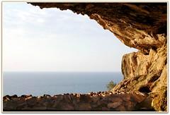 Grotta di polifemo (Schano) Tags: picmonkey sonyilce3000 ilce3000 sony3000 sonyemount55210 bonagia trapani sicilia italia paesaggio mediterraneo grottadipolifemo grotta mare grottaemilianabonagia