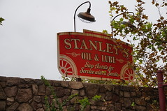 "Stanley's Oil and Lube • <a style=""font-size:0.8em;"" href=""http://www.flickr.com/photos/28558260@N04/28327606933/"" target=""_blank"">View on Flickr</a>"