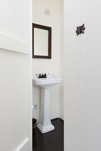 NE Clackamas Bath & Basement 001