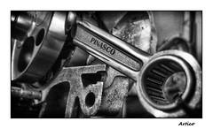Pinasco (Artico7) Tags: pinasco pistonrod rollerbearingcrankshaft steel crome cromed engine vespa vbb vbb1t vintage performance racing modern custom tuning performancetuning 177cc bw blackandwhite blackwhite biancoenero monochrome biella cromato cuscinetto